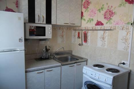 Сдается 2-комнатная квартира посуточнов Магадане, Берзина 7а.