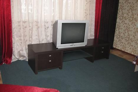 Сдается 3-комнатная квартира посуточнов Зеленогорске, Первомайская ул., 14а.