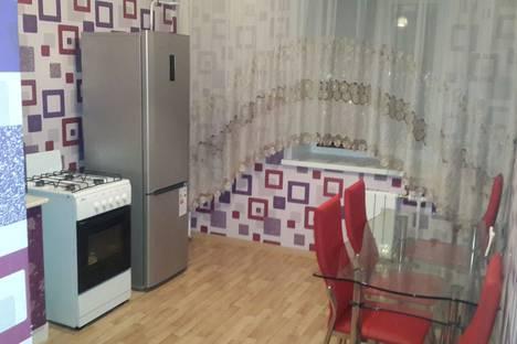 Сдается 1-комнатная квартира посуточно, Набережночелнинский проспект, 70/56.