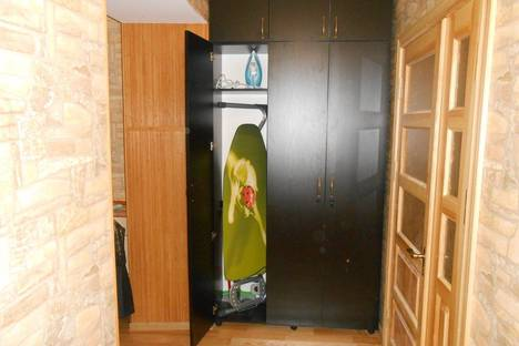 Сдается 3-комнатная квартира посуточно в Львове, вул.Дорошенка, 27.