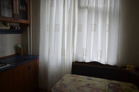 Сдается 2-комнатная квартира посуточно в Харькове, ул. Героев Труда.