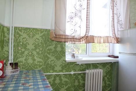 Сдается 2-комнатная квартира посуточно в Харькове, Ильинская ул. 29.