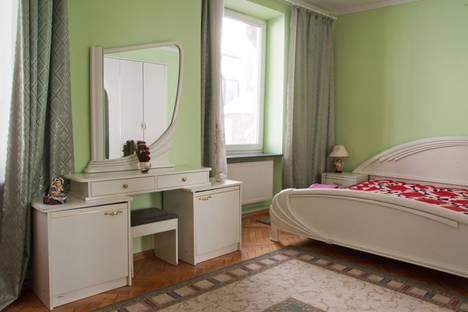 Сдается 2-комнатная квартира посуточно в Львове, Русская ул. 16.