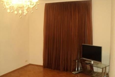Сдается 3-комнатная квартира посуточно в Харькове, Пр. Ленина 48.