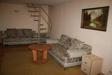 Сдается 2-комнатная квартира посуточнов Тюмени, ул. Профсоюзная, 5а.