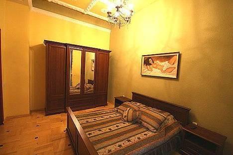 Сдается 2-комнатная квартира посуточно в Львове, ул. Петра Дорошенко 19.