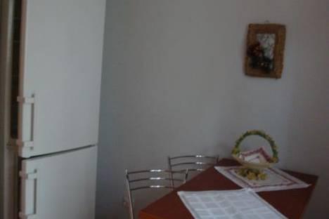 Сдается 1-комнатная квартира посуточно в Львове, улица Героев УПА 45.