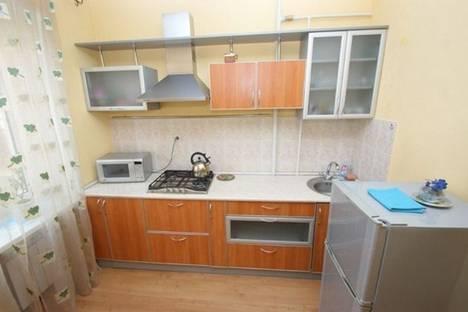 Сдается 2-комнатная квартира посуточно в Харькове, ул. 23-го Августа 39.