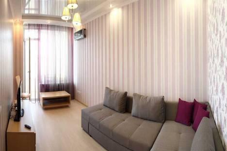 Сдается 2-комнатная квартира посуточно в Севастополе, ул. Пожарова 20.