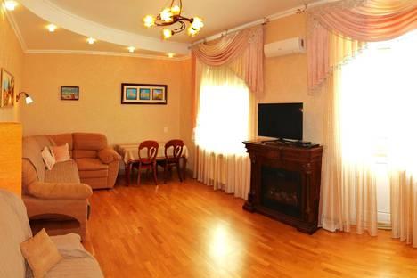 Сдается 2-комнатная квартира посуточно в Севастополе, Щитовая улица 24а.