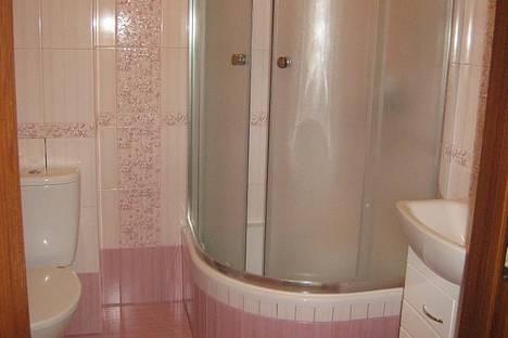 Сдается 2-комнатная квартира посуточно в Харькове, улица Елизарова 10.