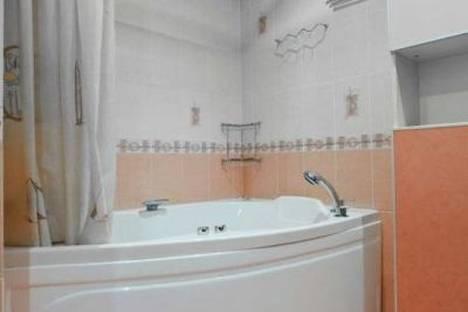 Сдается 3-комнатная квартира посуточно в Львове, улица Хотинская 11.