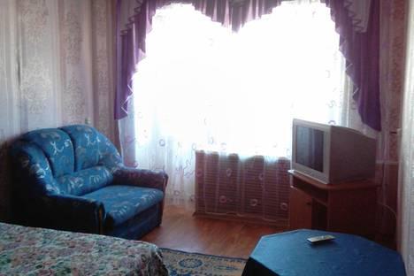 Сдается 2-комнатная квартира посуточно, Красина 25.
