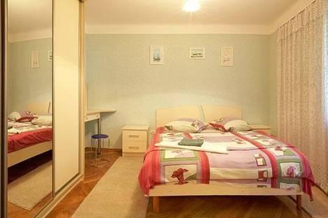 Сдается 4-комнатная квартира посуточно в Львове, Одесская ул. 31.