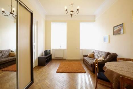 Сдается 2-комнатная квартира посуточно в Львове, ул. Шопена 5.