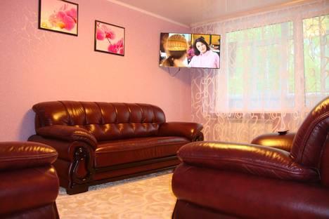 Сдается 3-комнатная квартира посуточно в Березниках, ул. Свердлова, 106.