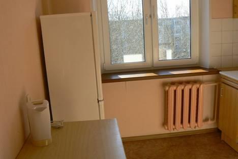 Сдается 1-комнатная квартира посуточно в Северодвинске, ул. Серго Орджоникидзе, 26.