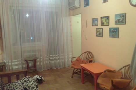 Сдается 3-комнатная квартира посуточнов Туапсе, ул. Лазарева, 78.