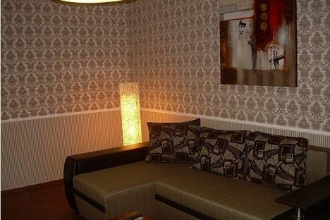Сдается 2-комнатная квартира посуточнов Запорожье, ул. Лермонтова, 2.