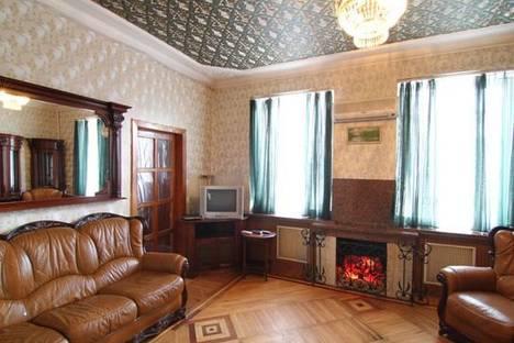 Сдается 3-комнатная квартира посуточно в Запорожье, проспект Ленина 159.