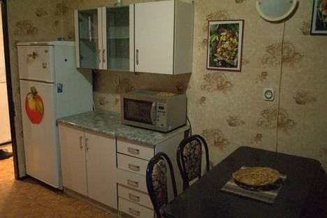 Сдается 2-комнатная квартира посуточно в Запорожье, ул. 40 лет Сов. Украины, 39в.