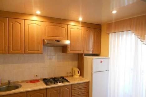 Сдается 3-комнатная квартира посуточно в Луганске, Титова, 9.