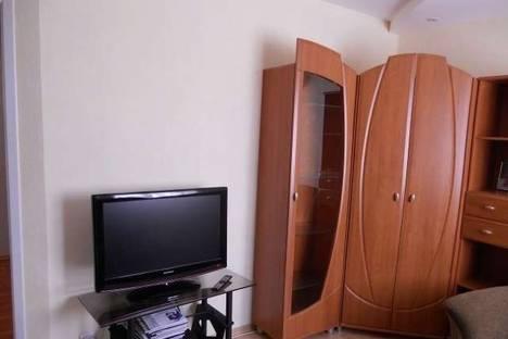 Сдается 2-комнатная квартира посуточно в Луганске, Сент-Этьеновская, 21.