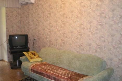 Сдается 1-комнатная квартира посуточно в Луганске, ул. Коцюбинского, 19А.