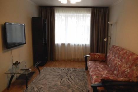 Сдается 3-комнатная квартира посуточнов Луганске, ул. Коцюбинского, 8.