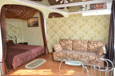 Сдается 1-комнатная квартира посуточно в Херсоне, пр. Ушакова 5.