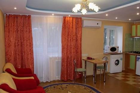 Сдается 1-комнатная квартира посуточно в Херсоне, Молодёжная 10.