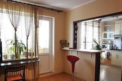 Сдается 1-комнатная квартира посуточно в Черкассах, Толстого 25.