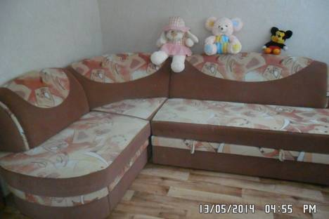 Сдается 2-комнатная квартира посуточно в Ейске, Ясенская 2/2.