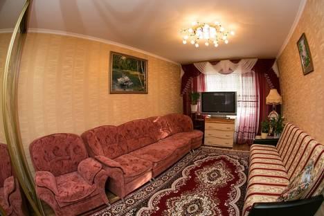Сдается 1-комнатная квартира посуточно в Нефтеюганске, 16а микрорайон дом 66.