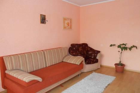 Сдается 2-комнатная квартира посуточно в Новом Уренгое, ул. 26 Съезда КПСС, 14.
