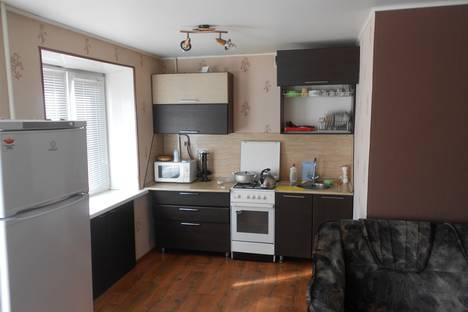 Сдается 2-комнатная квартира посуточно в Миассе, проспект Автозаводцев, 10.