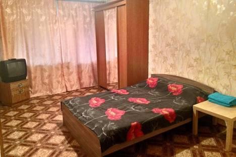 Сдается 1-комнатная квартира посуточнов Шелехове, 1 микрорайон, 16 дом.