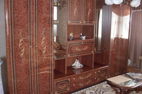 Сдается 3-комнатная квартира посуточнов Златоусте, пр. Гагарина, 3 микрорайон, 11.