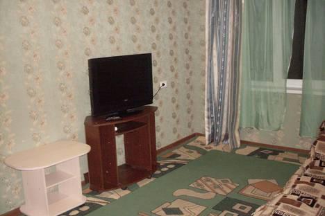 Сдается 2-комнатная квартира посуточно в Златоусте, проспект им Ю.А.Гагарина 8-я линия, д.7.