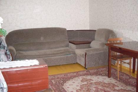 Сдается 3-комнатная квартира посуточнов Златоусте, пр. Гагарина, 3 мкр., 31.