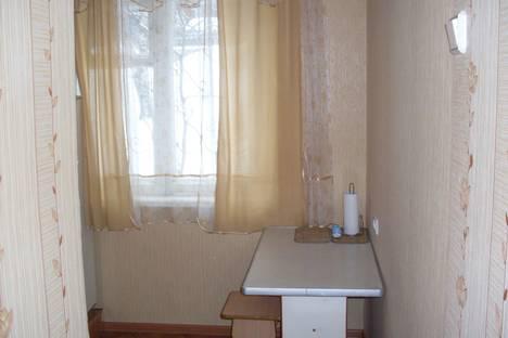 Сдается 1-комнатная квартира посуточнов Златоусте, пр. Гагарина, 3 мкр., 31.