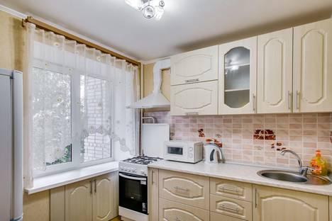 Сдается 2-комнатная квартира посуточно в Ростове-на-Дону, проспект Ленина, 91/1.