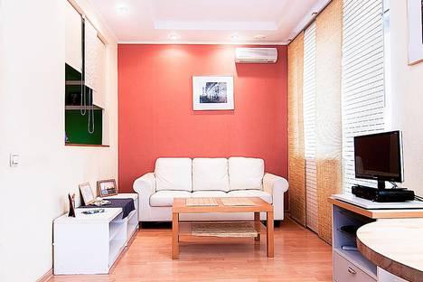 Сдается 1-комнатная квартира посуточнов Санкт-Петербурге, проспект Просвещения, 36/141.