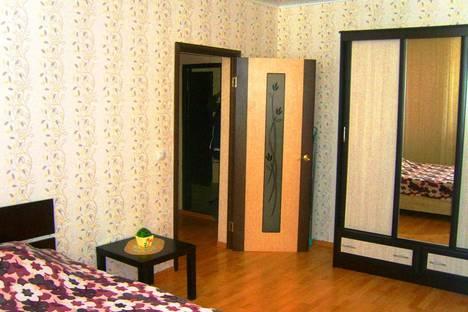 Сдается 1-комнатная квартира посуточно в Оренбурге, ул. Гаранькина, д. 27.