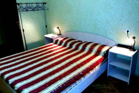 Сдается 2-комнатная квартира посуточно в Санкт-Петербурге, улица Ленсовета, 74.