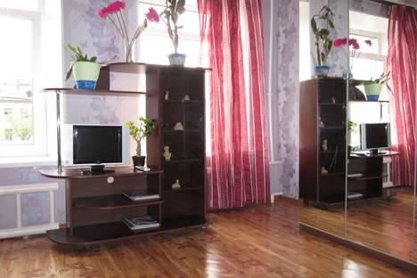 Сдается 2-комнатная квартира посуточнов Санкт-Петербурге, набережная Обводного канала дом 51.