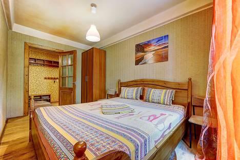 Сдается 2-комнатная квартира посуточнов Пушкине, проспект Косыгина, д.11, корп.2.