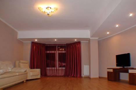 Сдается 2-комнатная квартира посуточнов Сочи, Чехова,33/2.