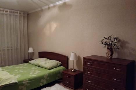 Сдается 2-комнатная квартира посуточно в Альметьевске, ул. Бигаш, 131.