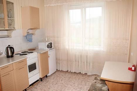 Сдается 1-комнатная квартира посуточно в Белокурихе, переулок Школьный, 3.